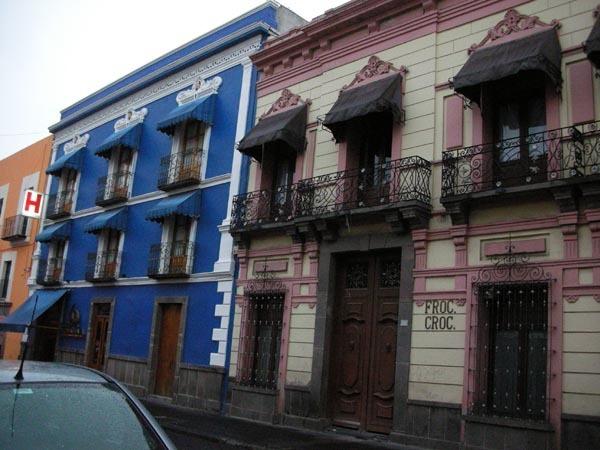 Puebla, Mexico (June 2009): Houses